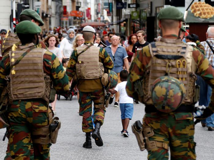 Ανησυχία στις Βελγικές Αρχές μετά την διαρροή φωτογραφιών στρατιωτικών ως πιθανοί στόχοι του ISIS