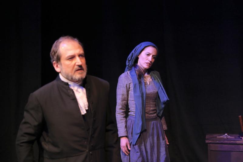 Γιάννης Ρόδιος (Αιδεσιμότατος Parris) και Δέσποινα Χαμλατζή (Abigail Williams)