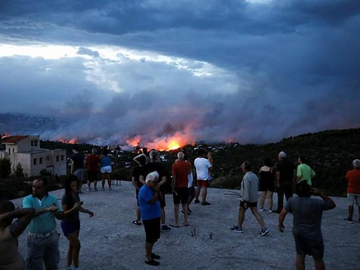 Εθνική τραγωδία: Στους 50 οι νεκροί από τις πυρκαγιές – Εντοπίστηκαν άλλοι 26 νεκροί