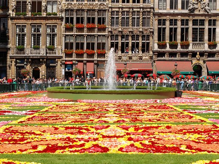 Tapis de Fleurs 2018, το φεστιβάλ που δίνει χρώμα στην πόλη