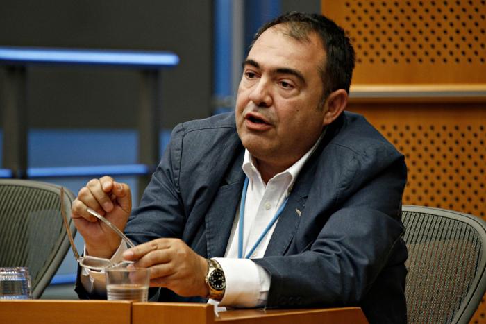 ο δημοσιογράφος Γιώργος Συριόπουλος (ΕΡΤ)
