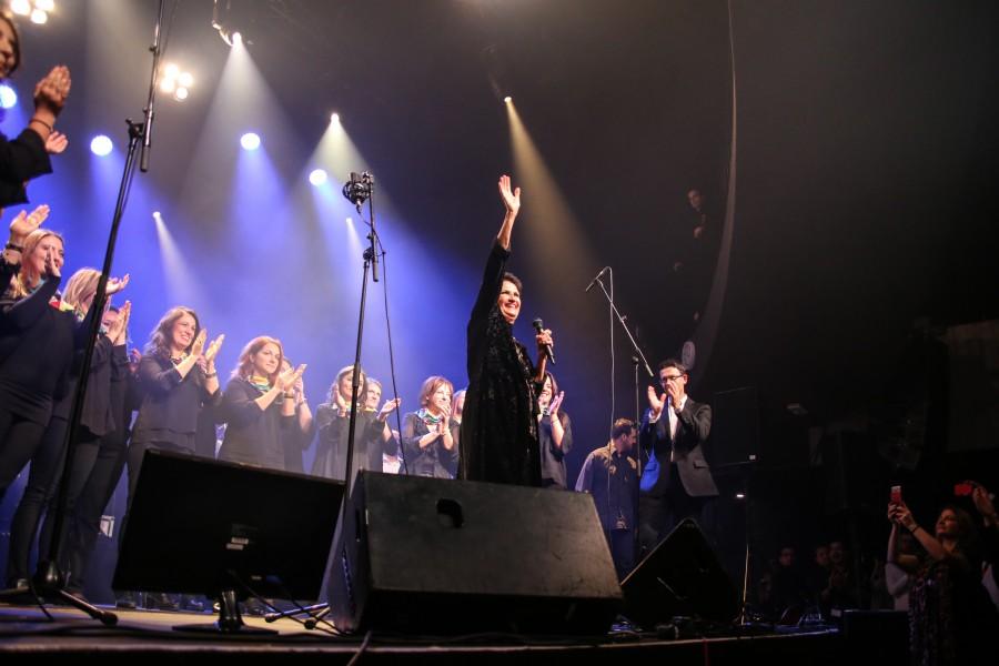 Η Ελληνική Χορωδία Βρυξελλών με την Άλκηστη Πρωτοψάλτη