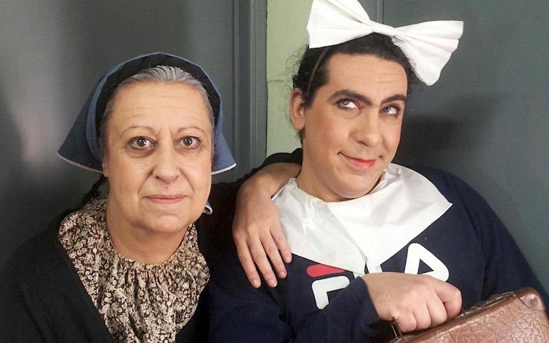 "H Μαρία Χούλη με τον Γιώργο Δημητρίου στην παράσταση ""Μαρία Πενταγιώτισσα"" (Λύκειο Ελληνίδων Βρυξελλών)"