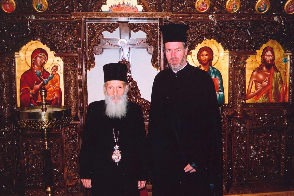 O -νυν Μητροπολίτης Βελγίου- Αθηναγόρας, με τον Πατριάρχη Σερβίας, Παύλο, το 2001